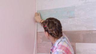 Revestimiento de pared imitación maderas vintage paso 8