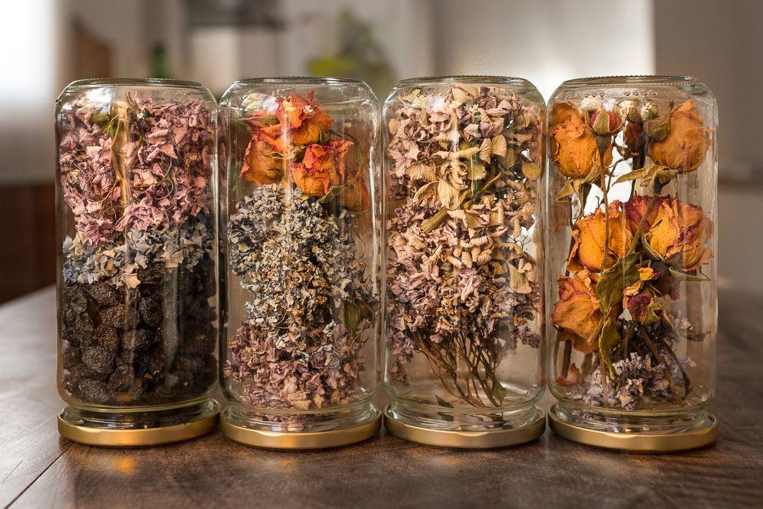 ideas decorar casa en otoño - tarros de cristal