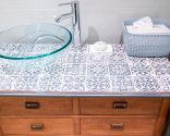 renovar mueble de baño con encimera de baldosas - resultado