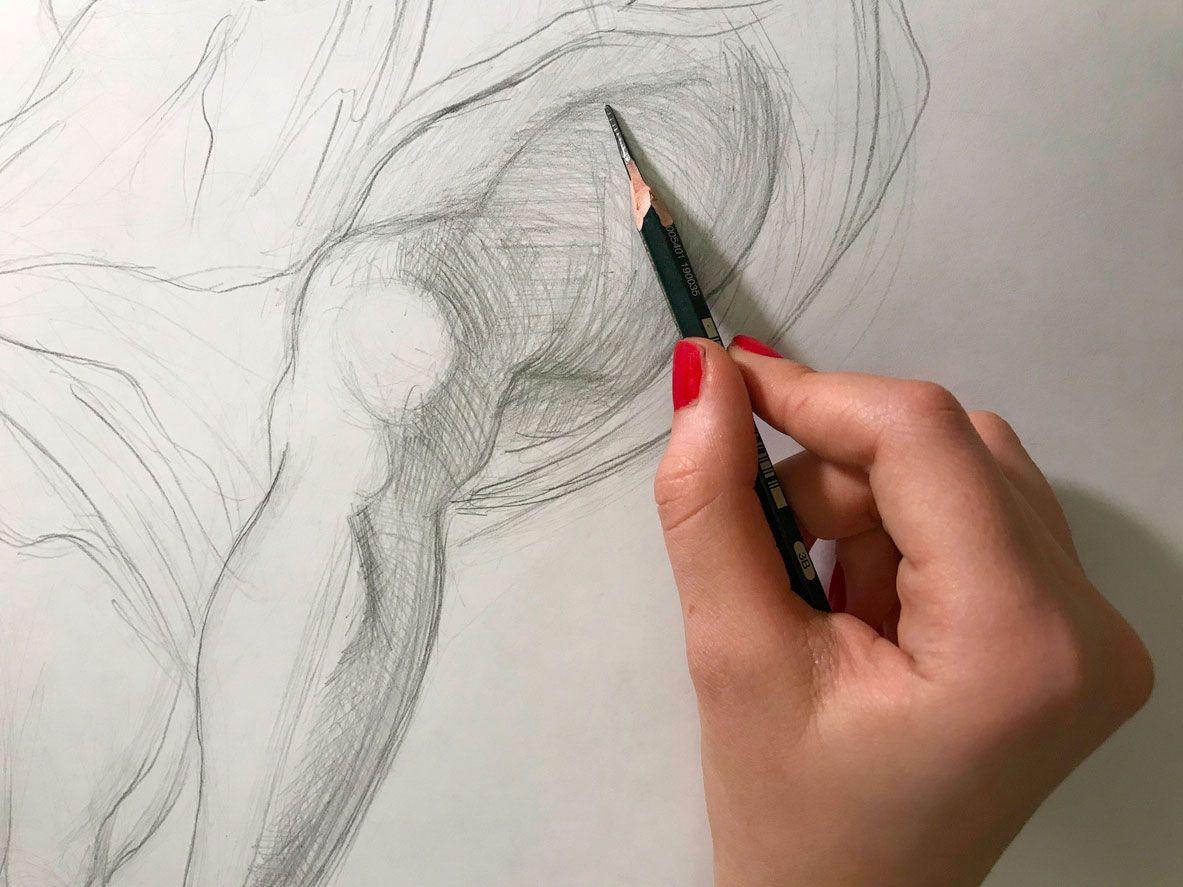 Practicar muchísimo dibujando para mejorar.