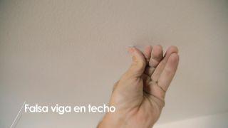 Cómo colocar una falsa viga en el techo - Paso 7