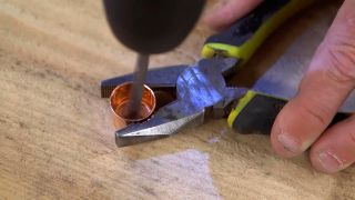 Cómo hacer un perchero de cobre - Paso 4