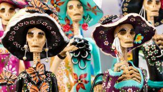 Alebrijes, papel picado y la Catrina: los trabajos artesanales del día de Muertos