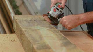 Cómo crear un efecto rústico a una pieza de madera - Paso 2