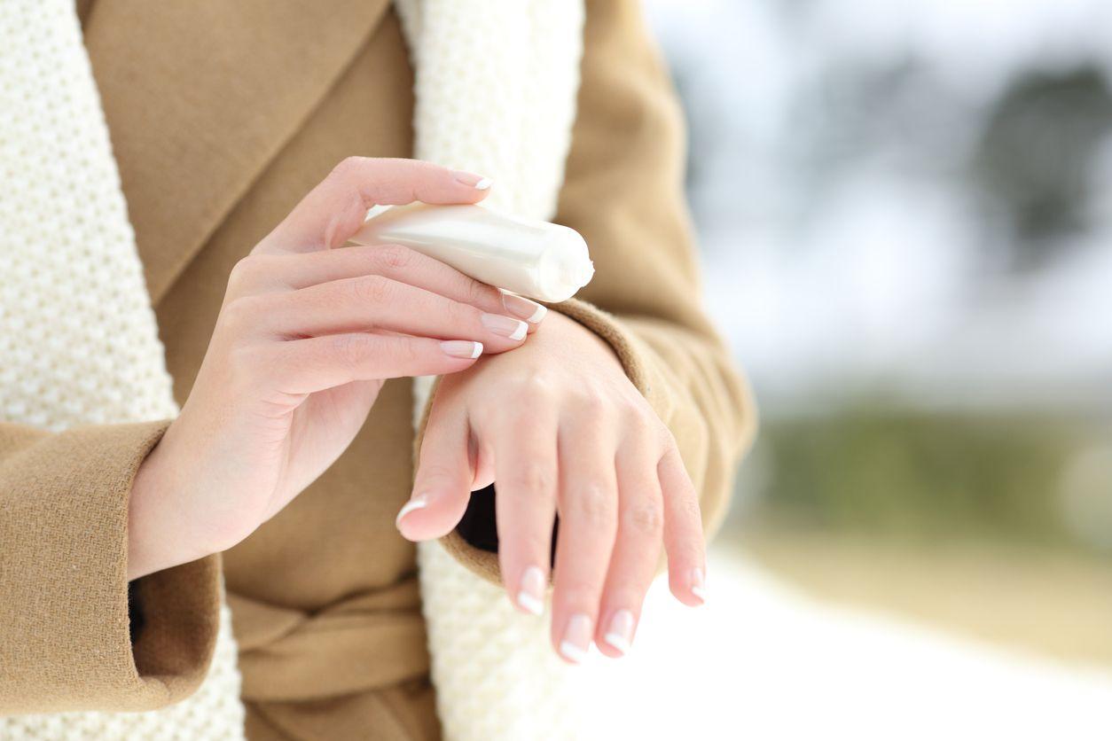 Crema hidratante de manos.