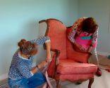 Tapizar sillón orejero con telas colores - paso 1