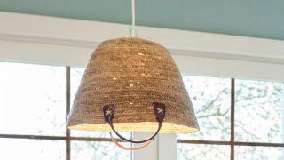 Cómo crear lámparas de techo con cestos
