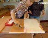 Cómo pintar las puertas del armario de la cocina en blanco - paso 3