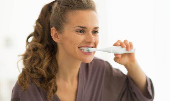 Cómo lavarse los dientes correctamente - Hogarmania