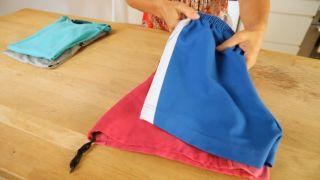 Cómo eliminar el barro de la ropa de deporte - Detalle