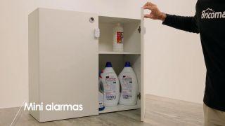 Cómo colocar mini-alarmas en los armarios  - Paso 5