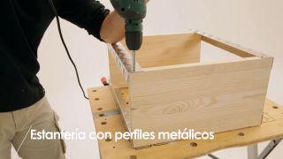Cómo hacer una estantería con perfiles metálicos - Paso 7