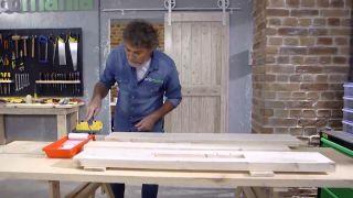 Cómo hacer una lámpara con un listón de madera - Paso 6