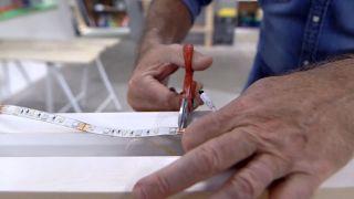 Cómo hacer una lámpara con un listón de madera - Paso 9