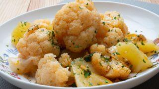 Coliflor con patatas al pimentón