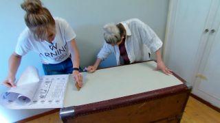 Decorar baúl antiguo con vinilo y decopatch - paso 3