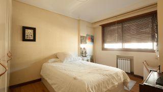decorar dormitorio elegante y romántico en gris - antes