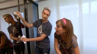 Decorar puertas de espejo del armario con vinilos - paso 1