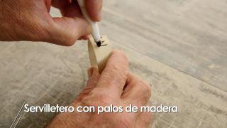 Cómo hacer servilleteros con palos de madera - Paso 5
