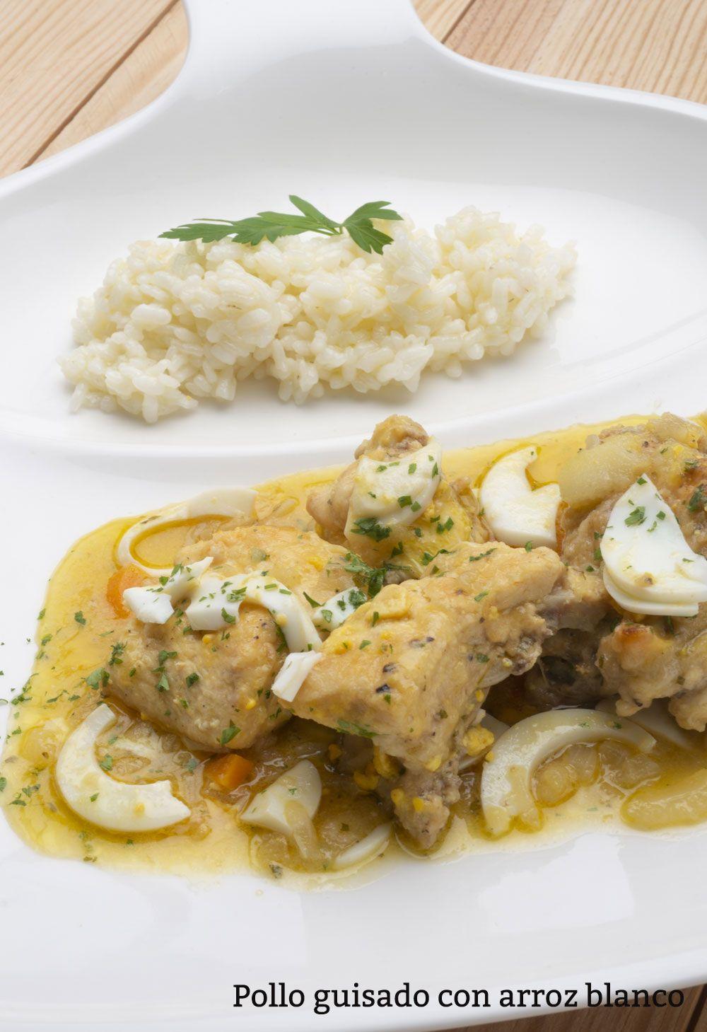 Pollo guisado con arroz blanco