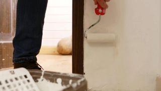 Cómo instalar una puerta metálica - Paso 14