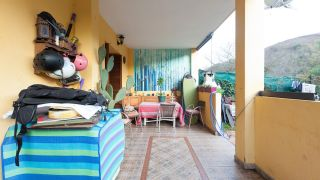 decorar un porche juvenil en color verde - antes