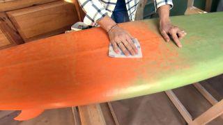 Cómo hacer una lámpara con una tabla de surf  - Paso 1