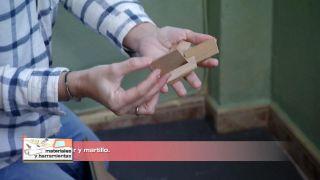 Cómo revestir un suelo de baldosas con lamas hidrófugas - Paso 3