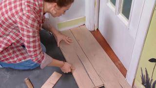 Decorar salón comedor con cocina abierta en madera - paso 4