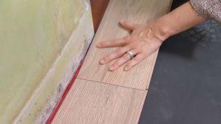 Revestir suelo y pared con lamas roble - paso 3