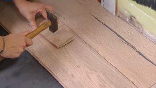 Revestir suelo y pared con lamas roble - paso 7