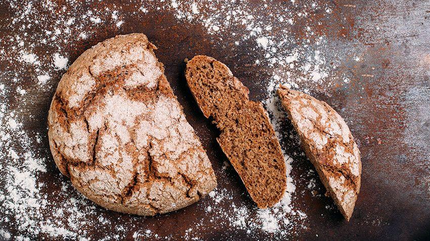 El pan es un alimento enérgico y rico en fibra indispendable en una dieta saludable.