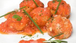 Albóndigas vegetarianas de soja con tomate casero