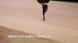 Hacer una mesa con patas metálicas