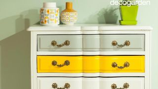 Cómo pintar y modernizar una cómoda vintage