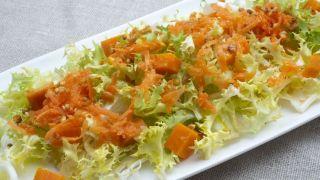 Ensalada de escarola, boniato y maíz
