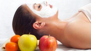 Mascarilla facial de manzana y canela