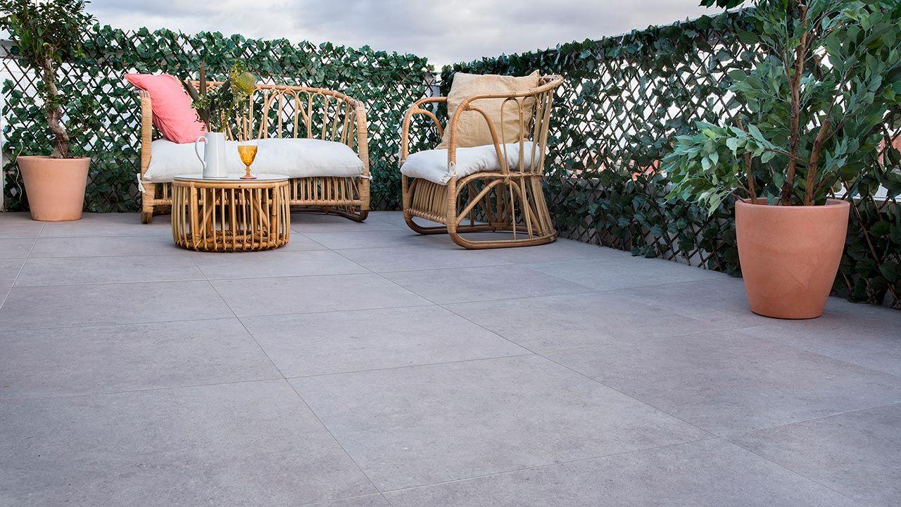Pavimento porcelánico para interior y exterior
