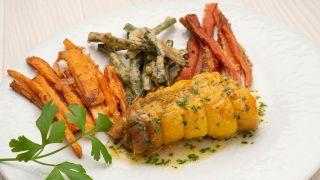 Rollitos de pollo con verduras en tempura