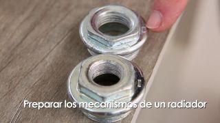 Colocar los mecanismos de un radiador