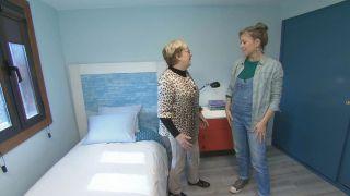 Dormitorio iluminado y fresco en azul paso 11