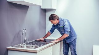 Instalar módulos de cocina en kit