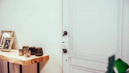 C mo hacer una puerta corredera con un tablero bricoman a - Hacer puerta corredera ...