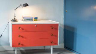 Cómo pintar una cómoda antigua, ¡no tires tus muebles!