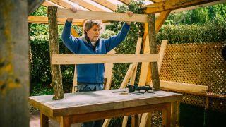 Cómo hacer una mesa para la huerta