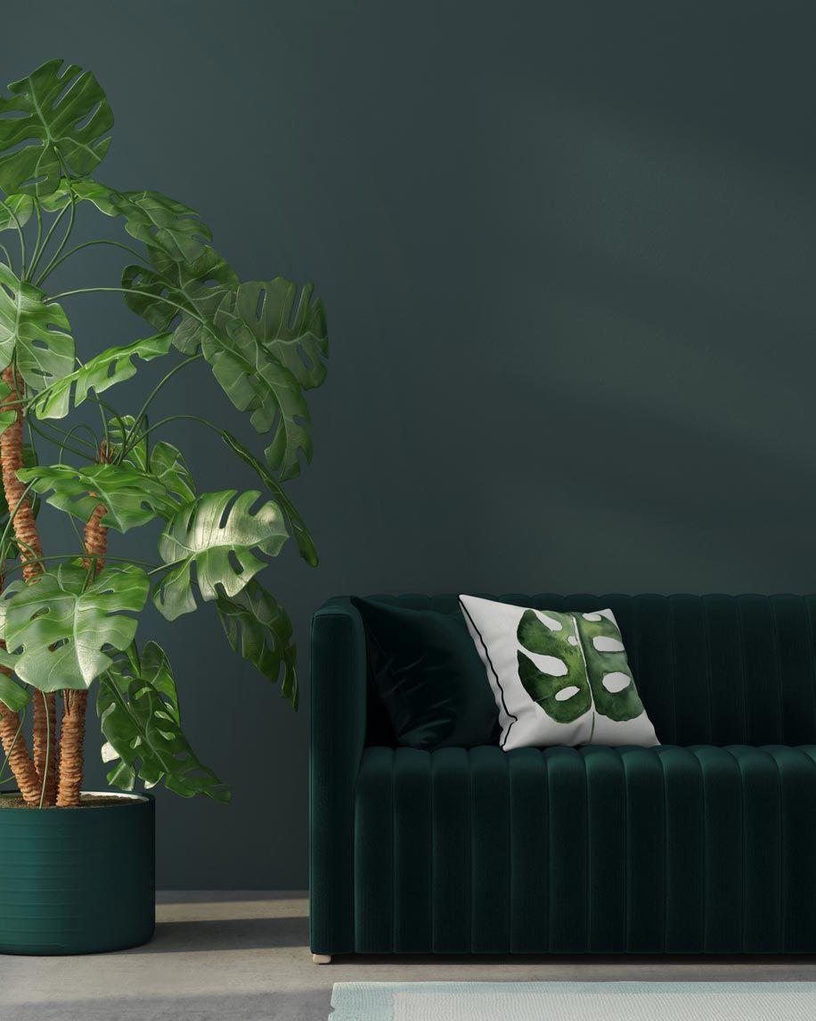 Los cojines de estampado tropical son un elemento decorativo clave.