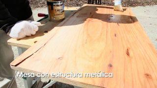 Cómo hacer una mesa con una máquina de coser