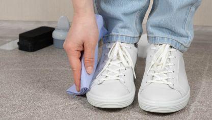 grabadora disparar radio  Cómo limpiar zapatillas de tela blanca