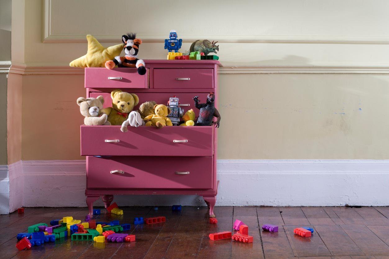 Mobiliario en habitación infantil.
