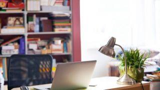 Cómo elegir la lámpara para la mesa de estudio